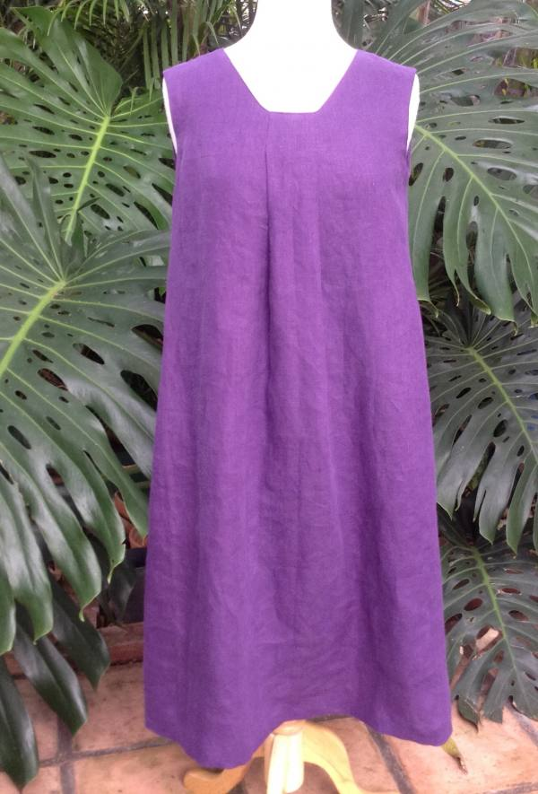 IL019   ROYAL PURPLE Softened - 100% Linen