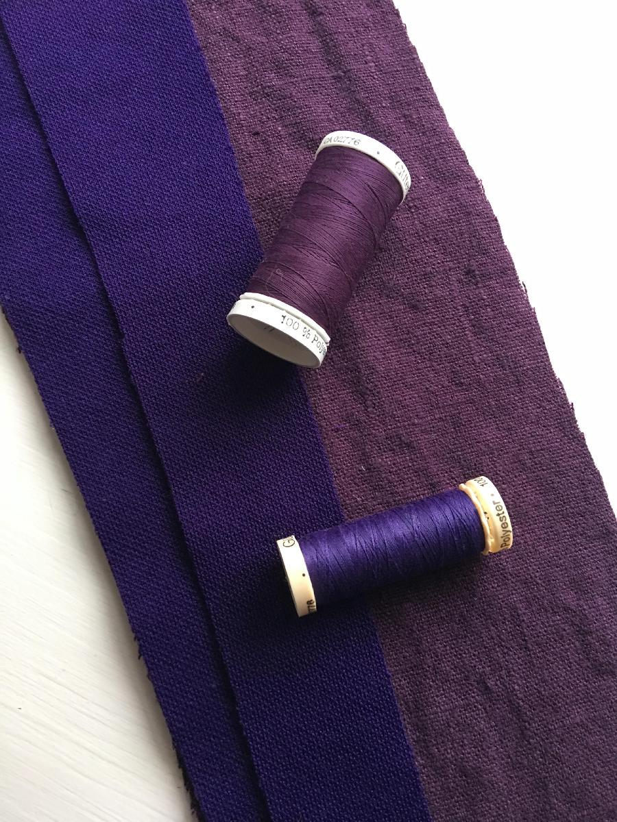 IL090   ROYAL PURPLE Softened - 100% Linen