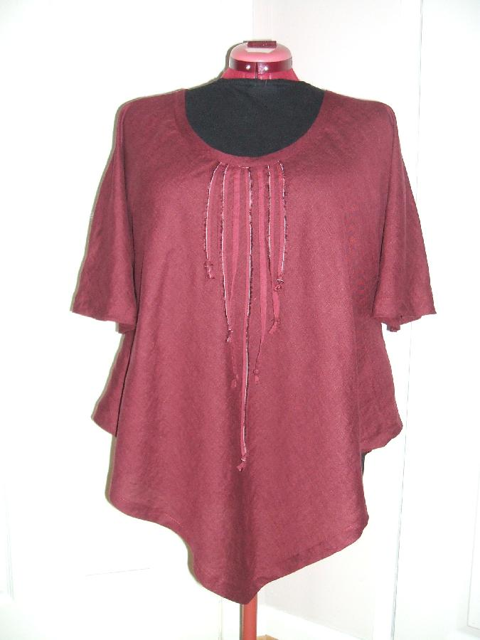 Simple bias cut tunic in IL020 BURGUNDY.
