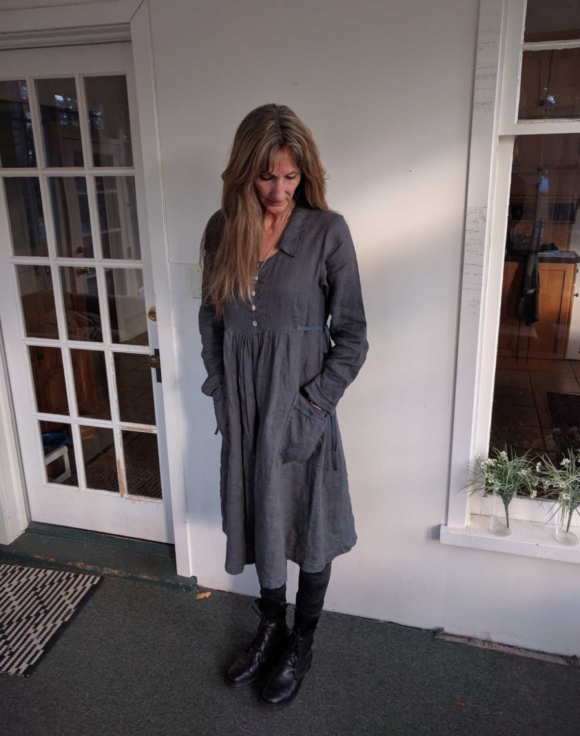 Charcoal Grey 100% linen 'Caroline' dress. This dress has a sweet collar, slightly raised bodice...