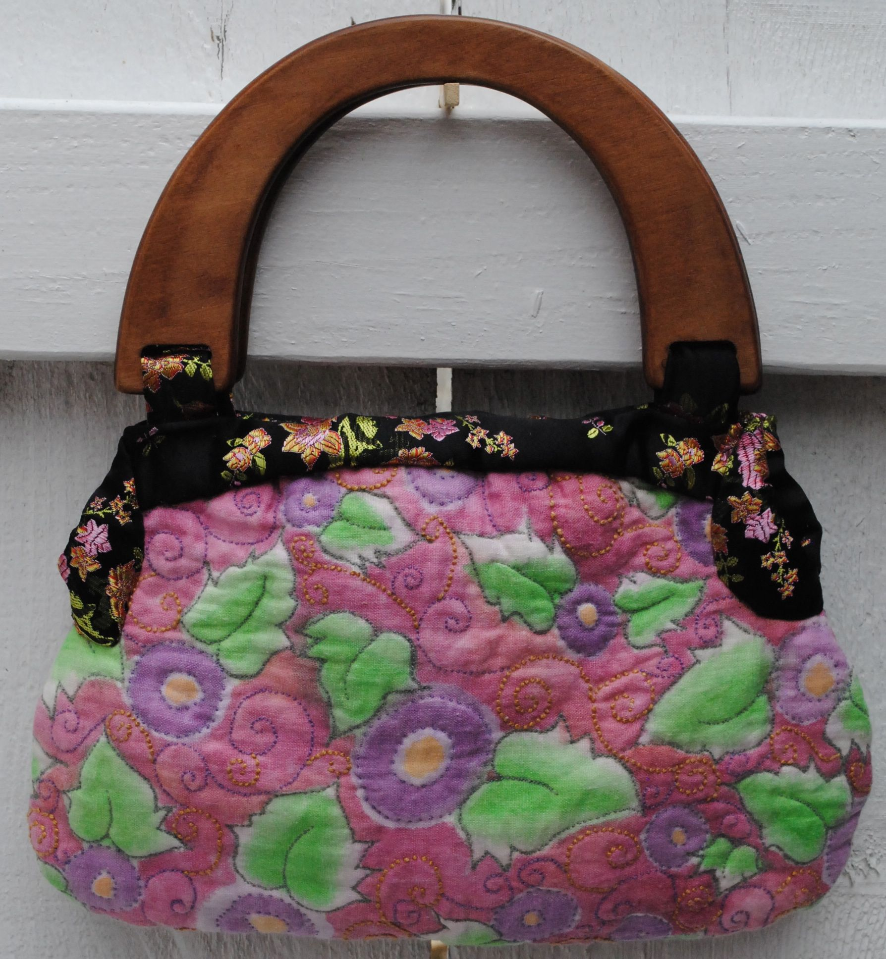 Hand painted & embroidered linen purse....