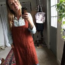 I made a linen smock apron in 4C22 kenya color. It's one of my favorite earthy tones, so warm an...