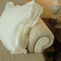 Boxed Linen Pillow made with IL019 Bleached....
