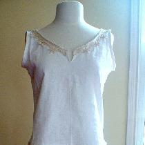Light weight linen tunic from self-drafted pattern. I trimmed it with simple organic cotton lace...