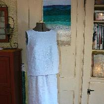 B6005 Top and skirt sewn with DB 4C22 100% Linen HEATHER Softened 2.00 yards.