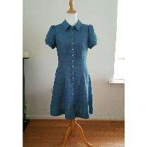 Classic silhouette shirt dress in IL 019 colorway Blue Bonnet with vintage shell buttons...